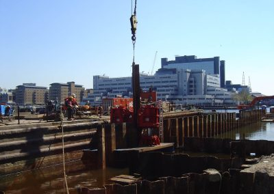 MARITIME CASE STUDY – THAMES PILE EXTRACTION